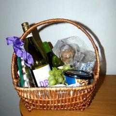 Früchte und alkoholfreier Weißwein - sehr nett. Man lernt immer dazu!