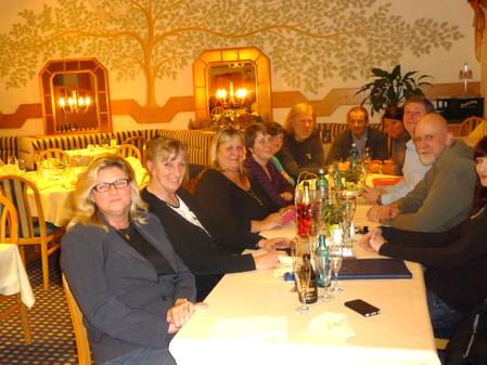 alle zusammen, von links Melitta Kuhless, Silvia Berse, Angelika Pommerening, Daniela & Gerda Köchling, Jürgen Kuhless, Willie & Claudia Groß, Bernd Pommerening, Frank Thiemann und eine halbe Eva