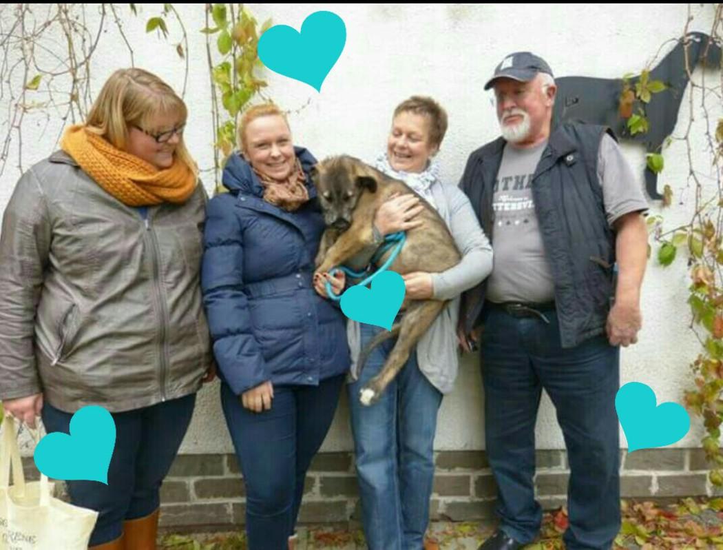 Lorcan mit seiner neuen Familie